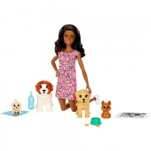 Black Friday 2020 - Barbie Doggy Daycare Nikki Doll & Pet