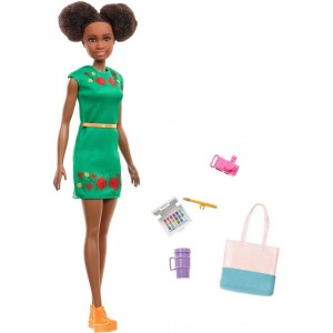 Black Friday 2020 - Barbie Travel Nikki Doll, fashion dolls