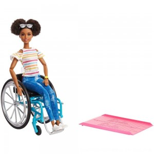 Black Friday 2020 - Barbie Fashionistas Doll #133 Brunette with Rolling Wheelchair and Ramp