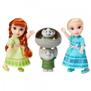 Black Friday 2020 - Disney Frozen 2 Petite Surprise Trolls Gift Set