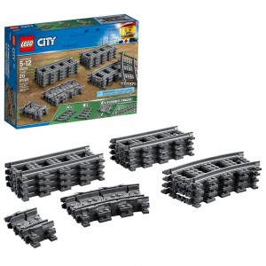 Black Friday 2020 - LEGO City Trains Tracks 60205